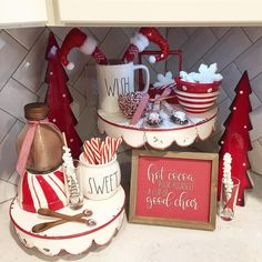 It's snowing and blowing outside and cocoa is definitely on the agenda! Christmas Brunch, Cozy Christmas, Christmas Fashion, Christmas Goodies, Christmas Holidays, Christmas Crafts, Christmas Kitchen, Xmas, Christmas Hot Chocolate