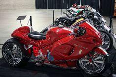 Awesome Custom Shelby Cobra Hayabusa, Suzuki Hayabusa GSX1300R, red / white , http://www.PashnitBusa.com #hayabusa #pashnit