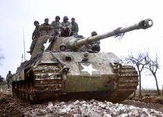 World War II - Historical Pictures - This Panzer VI Tiger II 'Königstiger' (Turret Nº...