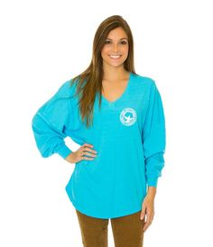 Southern Shirt Company makes classic comfy clothing and accessories for southern style. The Boardwalk Vneck Jersey features a flirt neckline and a flattering fit Preppy Brands, Southern Shirt Company, Graphic Sweatshirt, V Neck, Pullover, My Style, Sweatshirts, Long Sleeve, Clothes