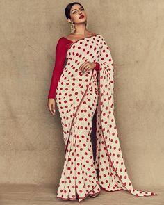 Shop Priyanka Chopra Bollywood Style Red and White Polka Dot Saree Online @ YOYO Fashion. Explore the Latest Bollywood Sarees. Amazing Dresses, Suits, Sarees and Lehengas at Best Prices. Priyanka Chopra Saree, Actress Priyanka Chopra, Bollywood Saree, Bollywood Fashion, Bollywood Actress, Bollywood Masala, Kareena Kapoor, Sabyasachi Sarees, Indian Sarees