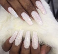 Skin Care Nail Spa Jacksonville Fl Pink And White Nails With Glitter Line! White Acrylic Nails With Glitter, White Sparkle Nails, Long Acrylic Nails, Glitter Flats, Prom Nails, Bling Nails, Stiletto Nails, Nagel Bling, Beauty Hacks Nails