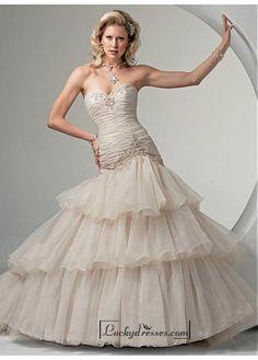 Beautiful Elegant Exquisite Sweetheart Wedding Dress In Great Handwork