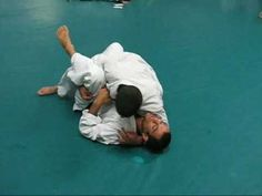 Open Guard pass with Ryron Gracie and Rener Gracie
