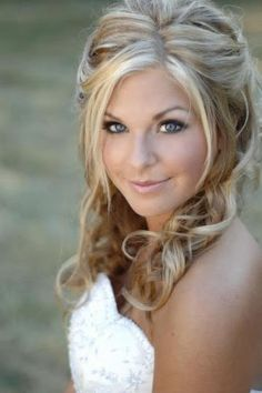 Gorgeous Side Parted Front Pieces Pulled in Back of Crown with Spiral Loose Curls, Medium Straight Hair. wedding-hair