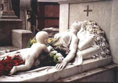 oh MAN - TALK ABOUT SAD as hell tomb statuary (but beautiful, incredibly well made)  this is in the Barcelona Cemetery