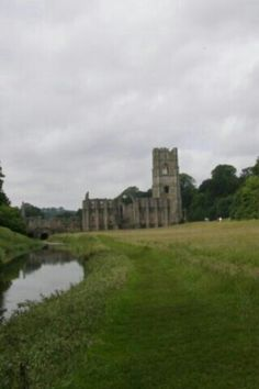 Fountains Abbey NT Yorkshire