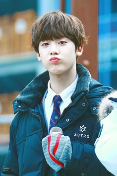 I want yoon sanha as my future son K Pop, Astro Wallpaper, Astro Fandom Name, Pre Debut, Sanha, Cha Eun Woo, Minhyuk, Asian Boys, Boyfriends