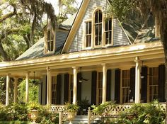 Hints on Creating a Truly Welcoming Front Porch