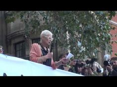 speech of great fashion designer Vivienne Westwood at London  #ClimateMarch http://climaterevolution.co.uk/wp/hero-post/the-peoples-climate-march-in-london-video-and-pictures/   In total more than half a million people marched on September 21st 2014 in many cities of the planet because humanity is  heading towards the extinction of the species if we go on using fossil fuels: http://climate.nasa.gov/evidence/  www.un.org/waterforlifedecade/scarcity.shtml…