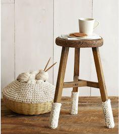 amusez vous habiller vos chaises et tabourets cet hiver avec ces jambires en tricot