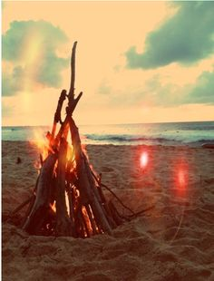 beach bonfire #theQ #ShutUpandShoot