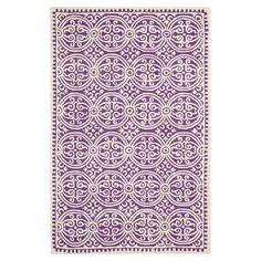 Dieser handgefertigte Teppich mit dezentem Muster und neutralen Farben ist ein Allrounder für viele Einrichtungsstile und passt zu einem klassischen wie zum...