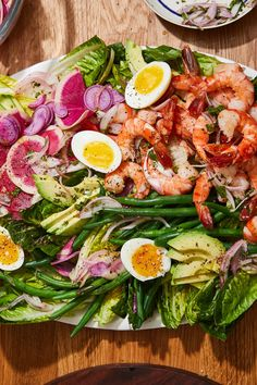 NYT Cooking: shrimp Louie or niçoise salad, this is a fairly basic, highly customizable salad-for-dinner. Shrimp Toast, Shrimp Louie Salad, Dinner Deals, Blanching Green Beans, Shrimp Salad Recipes, Seafood Recipes, Dinner Recipes, Vinegar Chicken, Lemon Green Beans