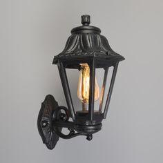 Wandleuchte Anna schwarz: Moderne Außenleuchte mit klassischem Flair! #Außenbeleuchtung #lampe
