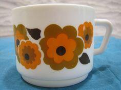 Vintage Cup – Arcopal France – 1960s 1970s Flower Power Design – Décor Lotus – Tea Coffee – Hippie Style – Orange Blossom von everglaze auf Etsy