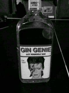 Ziggy Played Guitar, Aladdin Sane, Life On Mars, Ziggy Stardust, Jimi Hendrix, David Bowie, Art Music, Bowie Labyrinth, Playlists