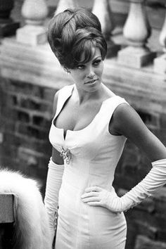 Raquel Welch's 60s style.