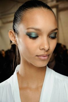 Butterfly effect. Fall 2012 Hair and Makeup Trends - New Hairstyles and Makeup Fall 2012 - ELLE