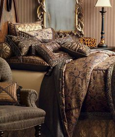 Our gorgeous Guinart Bedding Collection is a perfectly balanced blend of Old World traditions and New World styles.
