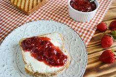Μαρμελάδα φράουλα με μέλι και φρέσκο τζίντζερ | Nutricookbook Cheesecake, Desserts, Food, Cheesecake Cake, Tailgate Desserts, Deserts, Cheesecakes, Essen, Dessert