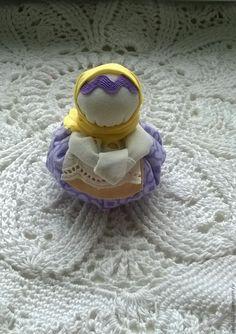 Делаем маленькую обережную куколку «Благополучница» – мастер-класс для начинающих и профессионалов Toy Workshop, Textiles, Dolls, Blog, Decoration, Decorating, Puppet, Doll, Blogging