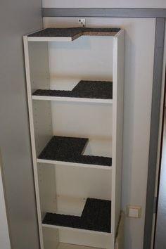 Tem uma estante velha em casa, de praleteiras mais larguinhas (estilo IKEA) e não sabe o que fazer com ela? O MdF te dá idéias! Reso...
