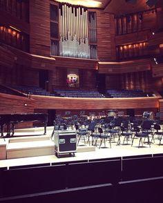 Moi l'orgue de @radiofrance et un quatre mains... #organ #maisondelaradio #orgue by fretsolvel