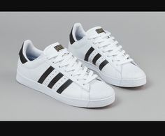 cheap for discount be8b4 2e2ac Adidas Superstar shell toe New with box! Bought and decided I wanted black  instead.