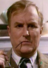 Siegfried Farnon - Robert Hardy I do that to my glasses!!