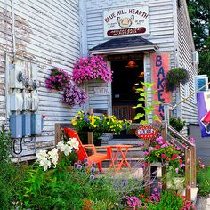 Simple and Rustic, You've just got to go - Blue Hill Bakery, Blue Hill, Maine #Travel #Photography