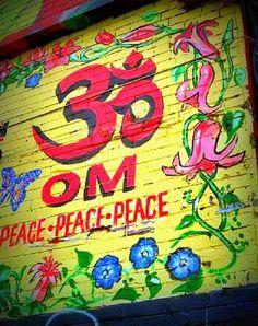 "my-spirits-aroma-or: "" ॐ "" Namaste, Mantra, Om Shanti Om, Hippie Love, Spiritual Enlightenment, Yoga Art, Peace On Earth, Graffiti Art, Cool Artwork"
