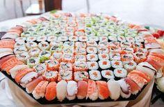 I love sushi pic.twitter.com/cK2NQ9TfVE