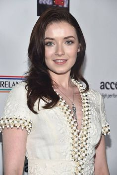 Sarah Bolger Photos - Actress Sarah Bolger attends the US-Ireland Aliiance's Oscar Wilde Awards event at J. Beautiful Eyes, Beautiful People, Beautiful Women, Sarah Bolger, Amy Adams, Friend Photos, Celebs, Celebrities, My Eyes
