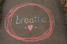 Sidewalk chalk art aesthetic street art, We are sharing an Easy Sidewalk Chalk Art project that everyone can do. This Mosaic Sidewalk Chalk, Chalk Art Quotes, Chalk Design, Sidewalk Chalk Art, Chalk It Up, Street Artists, Graffiti Artists, Chalkboard Art, Tag Art, Art Projects