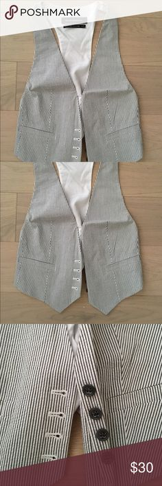 Club Monaco Striped Back Panel Vest White and black striped vest with back panel from Club Monaco, 4 concealed buttons in front, adjustable strap in back, 97% cotton + 3% spandex with 100% polyester lining, great condition (only worn once) Club Monaco Jackets & Coats Vests