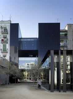 Biblioteca Sant Antoni - Joan Oliver / RCR Arquitectes