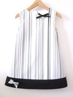 black/white stripy dress…easy to wear and ideal for everyday black/white stripy dress…easy to wear and ideal for everyday Kids Frocks, Frocks For Girls, Dresses Kids Girl, Little Girl Outfits, Kids Outfits, Girls Frock Design, Baby Dress Design, Baby Girl Fashion, Kids Fashion