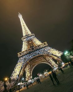 Check him out for amazing photography! Tag who you'd visit Paris France with! Paris France, New Paris, Best Vacation Destinations, Best Vacations, Paris Travel, France Travel, Places To Travel, Places To Visit, Luxury Boat