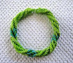 Rainbow Loom Green With Envy Fishtail Twist Bracelet pattern