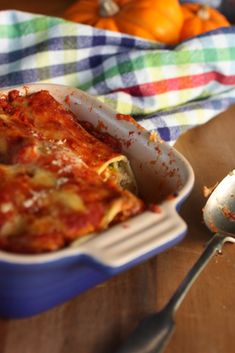 This also makes a great lasagne. 4 cups pumpkin, peeled & chopped 2 onions – diced 3 cloves of garlic – crushed 150 g feta 500g ricotta 4 big handfuls of baby spinach 3 cups tomato pasata 1 packet of fresh lasagne sheets Grated cheese (I used cheddar & parmesan) Drizzle the pumpkin with some…