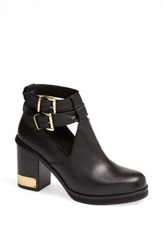 Free shipping and returns on Topshop 'All Yours' Ankle Boot at Nordstrom.com. Boost your edge with Topshop's All Yours ankle boot, built on a block heel and polished with high-shine hardware for a totally modern look.