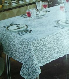 Vintage Quaker Lace Tablecloth Christmas Medley Pattern Oblong 52 x 70 White NEW