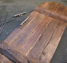 Miniature tutorial -  wooden planked door, medieval but could be applied to farm doors as well