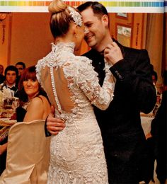 Nicole Richie gets married to Joel Madden! Love those two