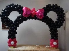 Minnie mouse table balloon arch DIY Beautiful balloon decor piece for Mickey birthday parties - YouTube