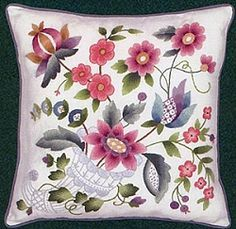Lacy Cornucopia Crewel Embroidery EW00479