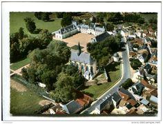 Champigny-sur-Veude - CP - CHAMPIGNY SUR VEUDE (37) VUE AERIENNE LE CHATEAU ET LA CHAPELLE SAINT LOUIS