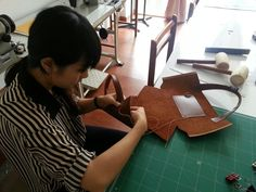 http://fastudio.weebly.com/atelier-leather-bag-making.html