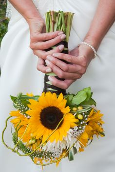 sunflower bouquet, perfect for summer or fall weddings